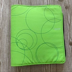 Five Star Green Zipper Binder